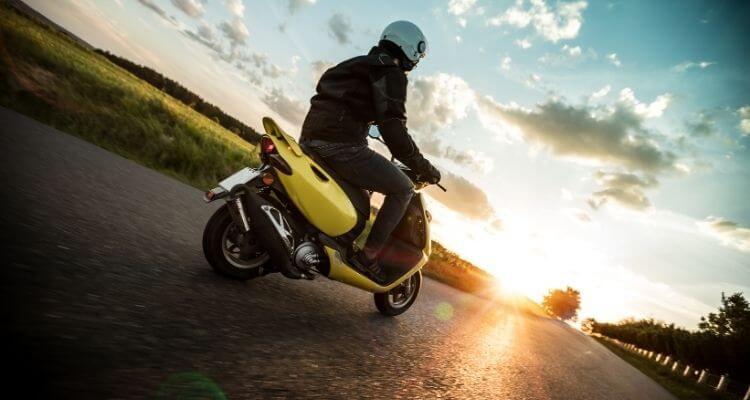 Motorroller-auf-den-Philippinen